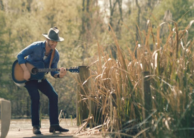 Drake White – It Feels Good