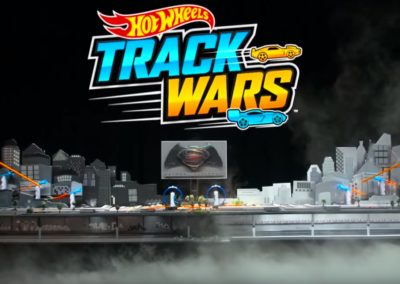 Hot Wheels Track Wars – Batman VS Superman