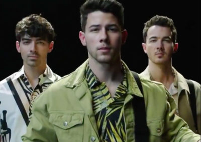 Jonas Brothers – Amazon Prime Chasing Happiness